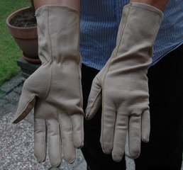 Nomex pilot gloves (desert color)