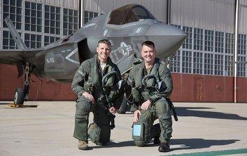 Nomex pilot clothes