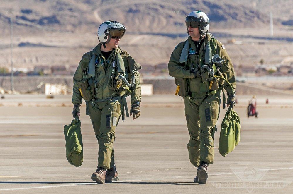 Nomex-pilot-suits