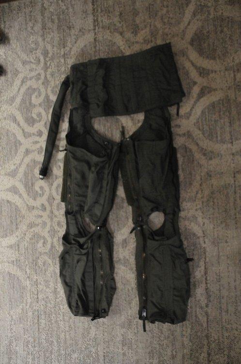 CSU-138/P Anti G suit size Small Regular Anti-G Garment