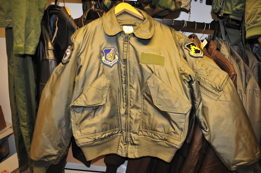 Nomex CWU-36/P flight jacket L 42-44 Pacific Air Forces patches
