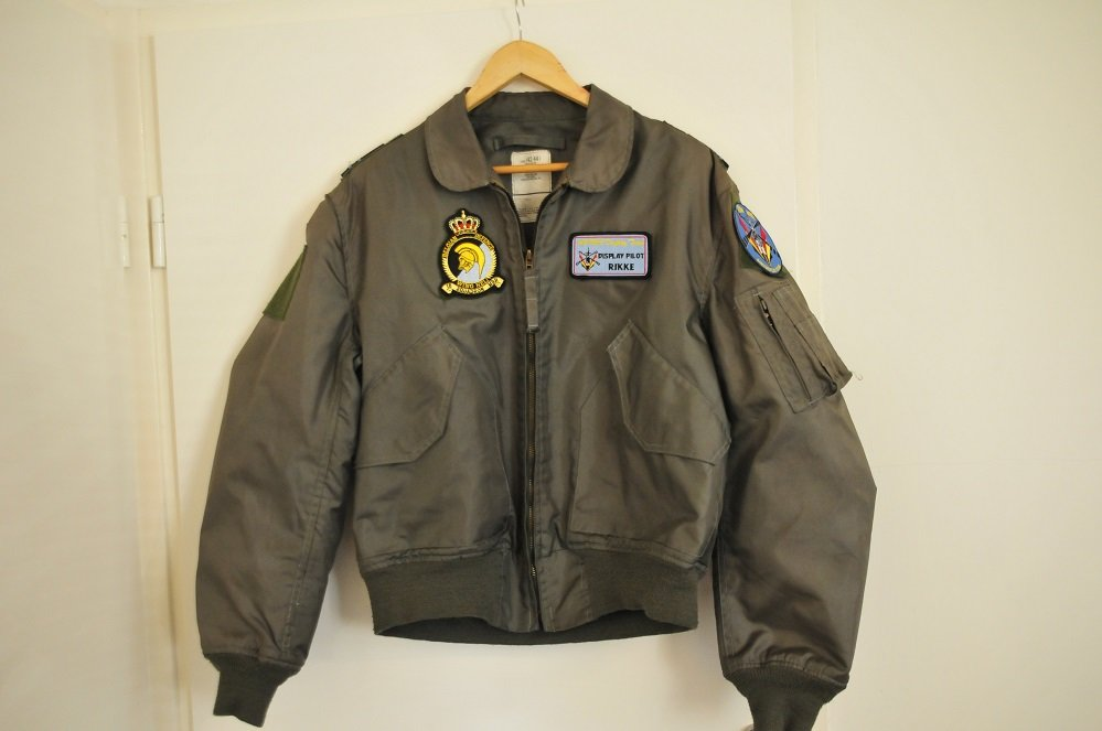 Nomex CWU-36/P flight jacket L 42-44 BAF A109 Display Team patches & name-tag