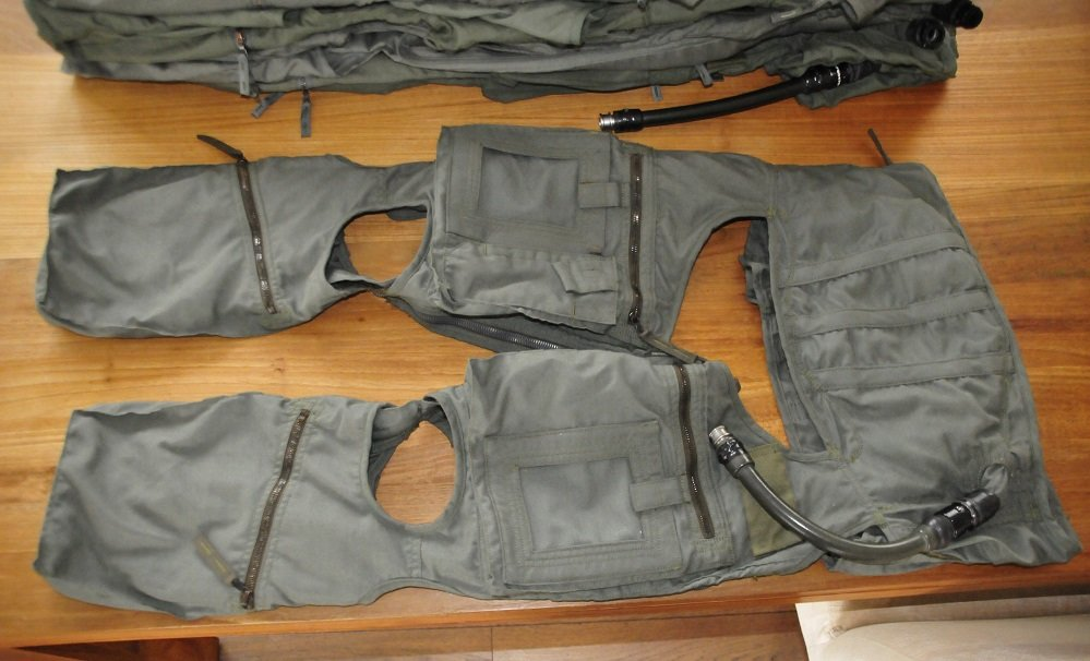 Luftwaffe Anti-g garment Anti-G suit size Large