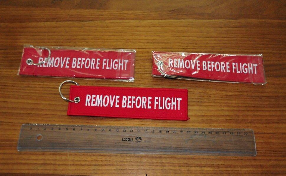 Keyring Remove Before Flight - extra large 17 cm