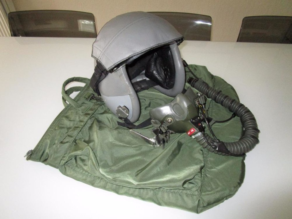 HGU-55/P flight helmet with MBU-12/P oxygen mask & helmet bag
