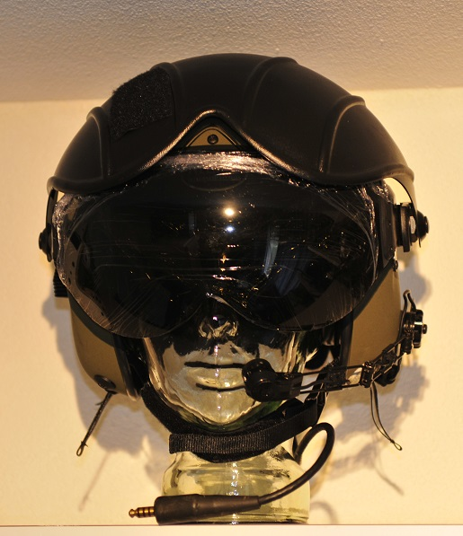 Gentex Alpha 200 flight helmet (New!) size Small RAF & helmet bag