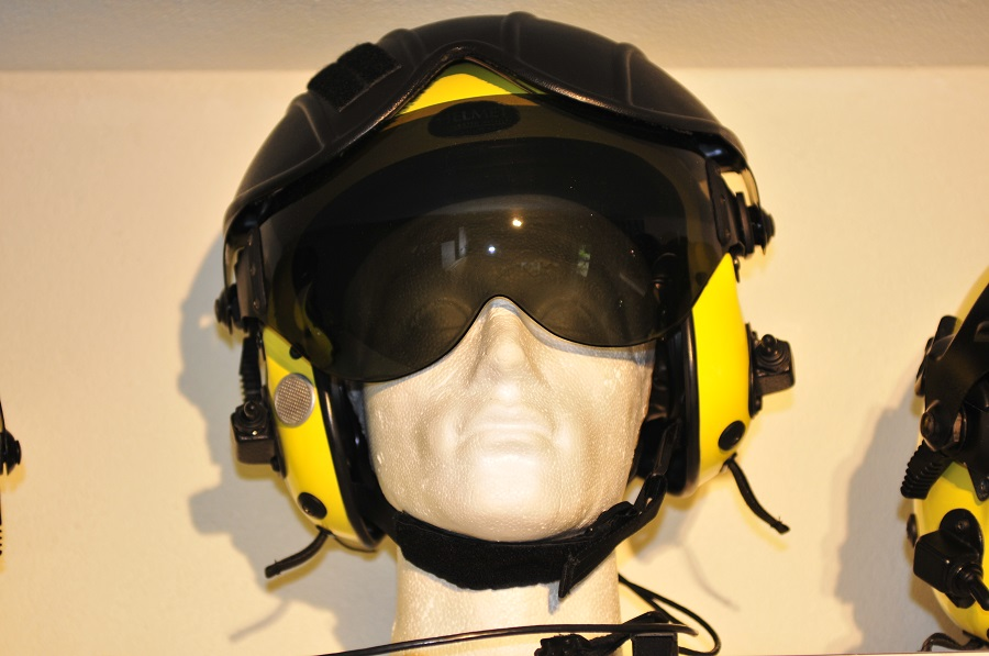 Gentex Alpha 800 Rescuer flight helmet waterproof with helmet bag