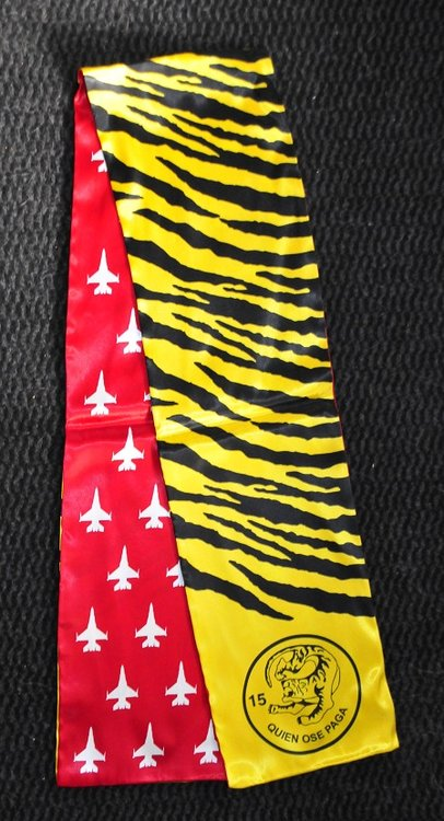 15th Quien Ose Paga pilot scarve Tiger Sq