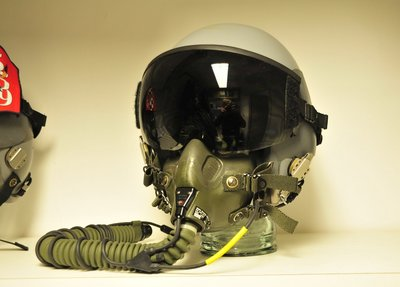 Gentex HGU-55/P flight helmet + green MBU-12 oxygen mask