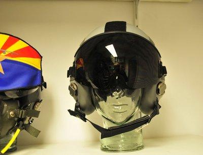 Gentex HGU-55 flight helmet Medium brandnew