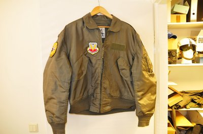 Nomex CWU-36/P flight jacket M 40 Air Combat Command patches & name-tag