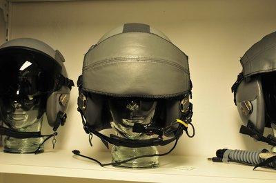 Gentex HGU-55/P flight helmet with boom microphone size Large