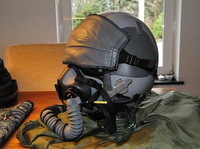 Gentex HGU-55/P flight helmet & MBU-20/P oxygen mask medium