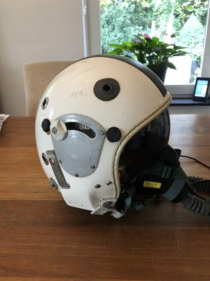 Gueneau 316 flight helmet with MBU-5 oxygen mask Swiss Air Force