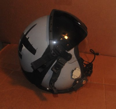 HGU-55 flight helmet with lip light on mic. + battery pack size Small