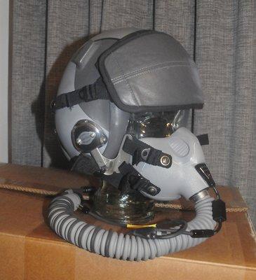 Gentex HGU-55/P flight helmet + MBU-12 oxygen mask