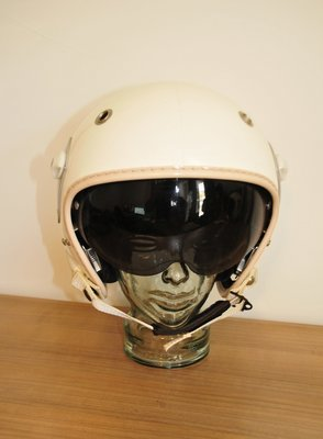 Gueneau 316 flight helmet with Ulmer 82 oxygen mask