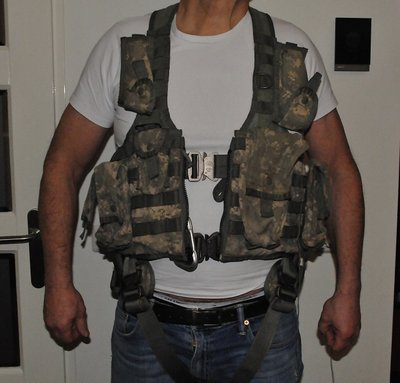 US Army Flight Vest Harness + extras