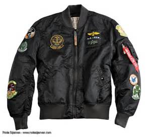 Alpha Industries MA-1 pilot with patches - black overdyed