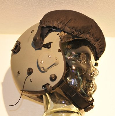 Gentex Alpha 100 flight helmet & helmet bag KLU used on the PC-7 Woensdrecht AB
