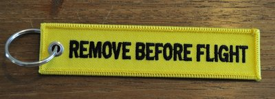 REMOVE BEFORE FLIGHT keychain keyring (yellow + black letters)