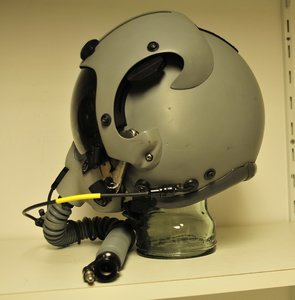 Gentex HGU-55/G flight helmet Small with MBU-12/P oxygen mask Long