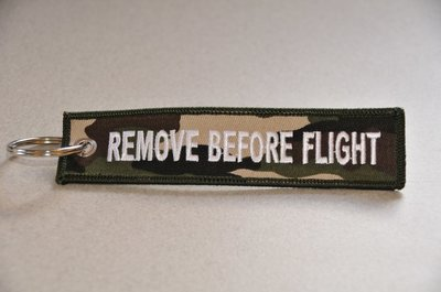 REMOVE BEFORE FLIGHT keychain keyring (camo + white letters)