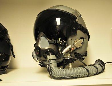 Gentex HGU-55/P flight helmet with MBU-20 oxygen mask