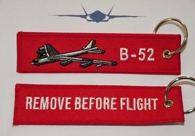 B-52 bomber keyring keychain bagage label